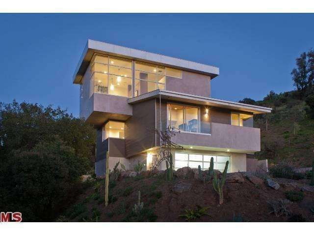Would you enjoy living in a house this modern? A real architectural masterpiece. The geometric design is one-of-a-kind. Malibu, CA Coldwell Banker Residential Brokerage $2,495,000