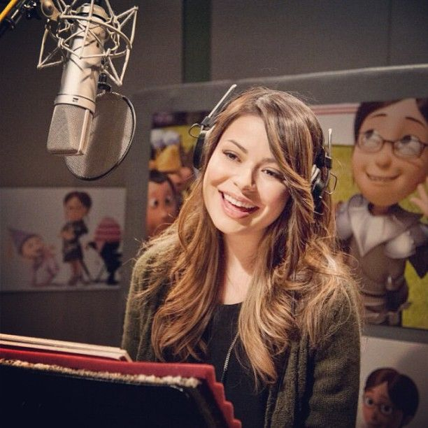 Exclusive Interview: Miranda Cosgrove on Despicable Me 2