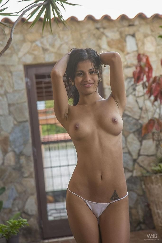 indian-sexy-girl-xxx-big-naked-asses-and-boobs