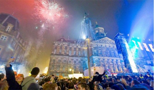Best Places To Celebrate New Year Party In Amsterdam Amsterdam New Years Eve Amsterdam New Year Top 10 Destinations