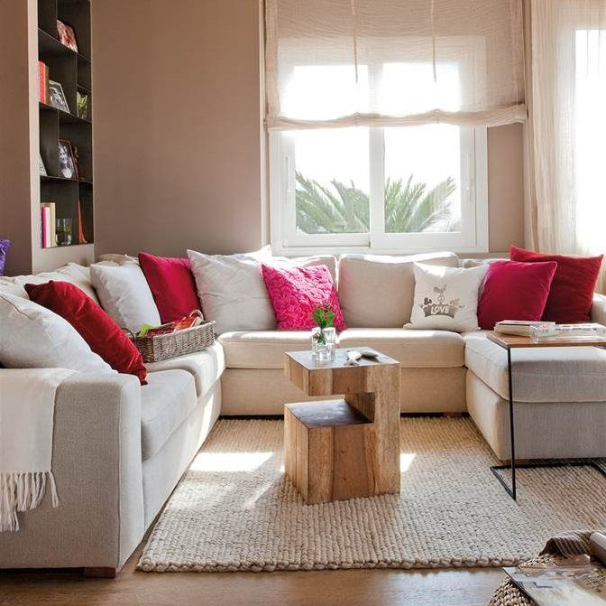 10 salones peque os muy bien decorados cosas que comprar for Sofas rinconeras pequenos