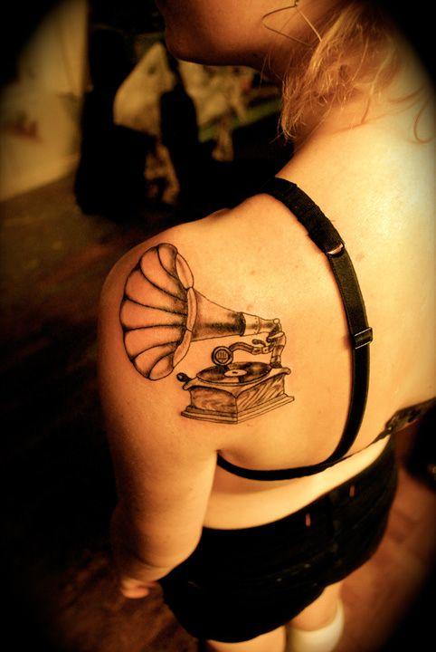 Record Player Tattoo On Pinterest Gramophone Tattoo