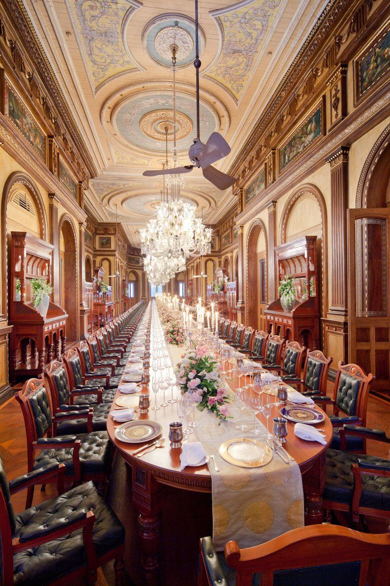 Longest dining room in the world falaknuma palace in for Biggest dining table