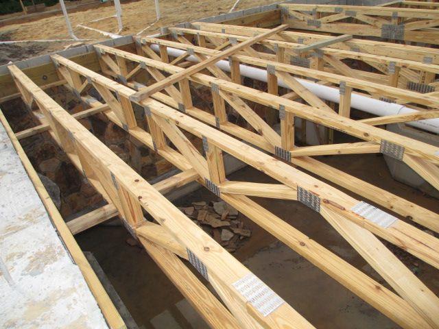 Basement In Florida Framing Construction Pole Barn Homes Wood Truss