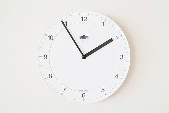 BRAUN/ブラウン/壁かけ時計(ホワイト) - 北欧雑貨と北欧食器の通販サイト| 北欧、暮らしの道具店