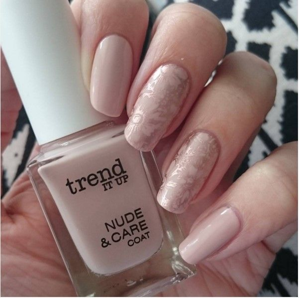 Nude nail art designs that will look great on every skin tone nude nails nude nail art designs that will look great on every skin prinsesfo Images