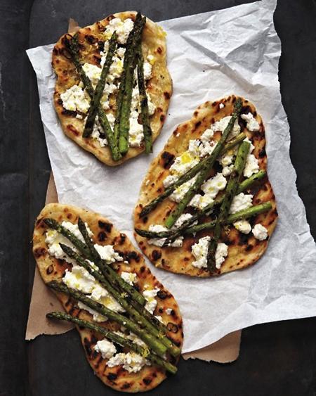 ideas about Asparagus pizza on Pinterest   Peach pizza, Ricotta pizza ...