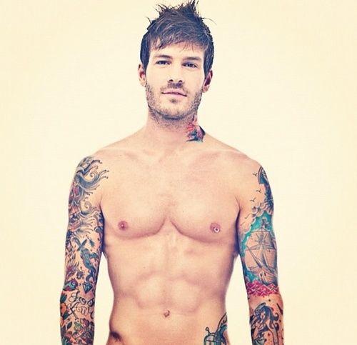 hot guy sleeve tattoos
