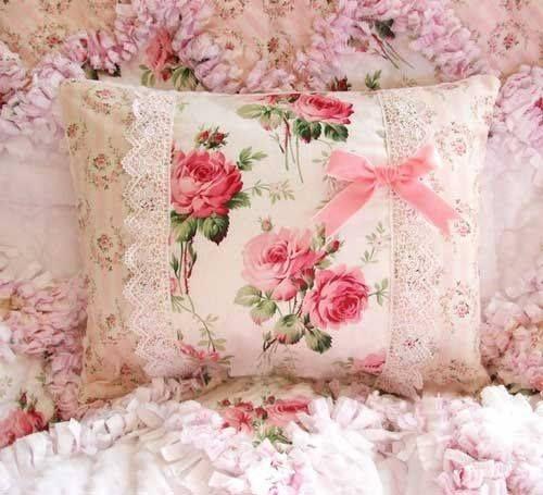 pin von deb hunter auf pillows to make pinterest shabby chic shabby und stoffe. Black Bedroom Furniture Sets. Home Design Ideas