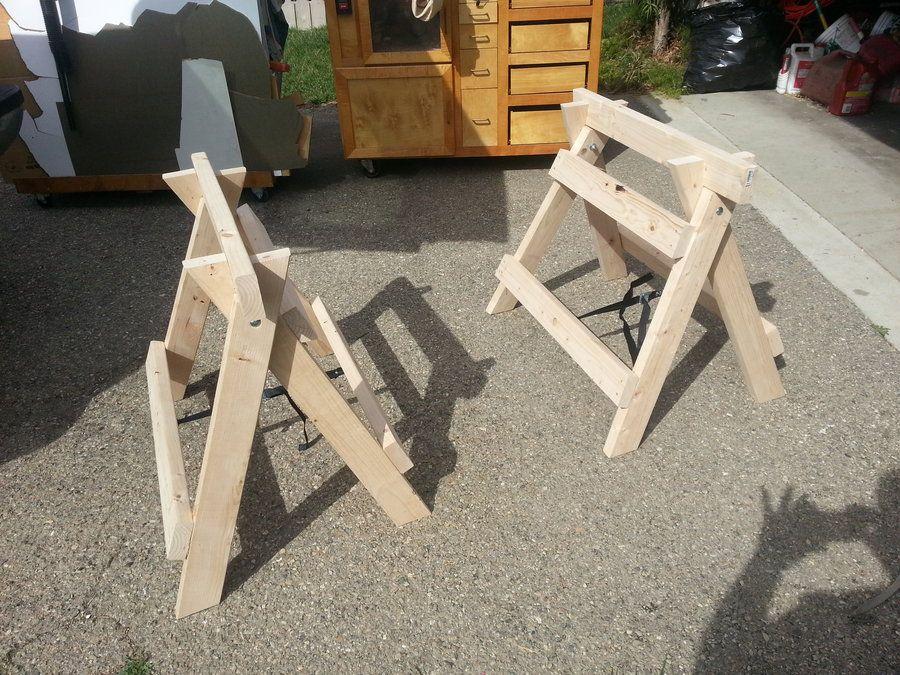 375702.jpg (900×675) Folding sawhorse, Sawhorse, Workbench