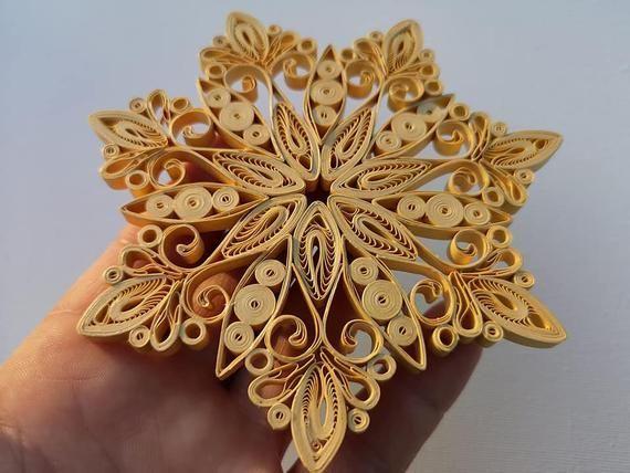 Photo of Flocon de neige jaune or Art fait main de papier ornement | Etsy