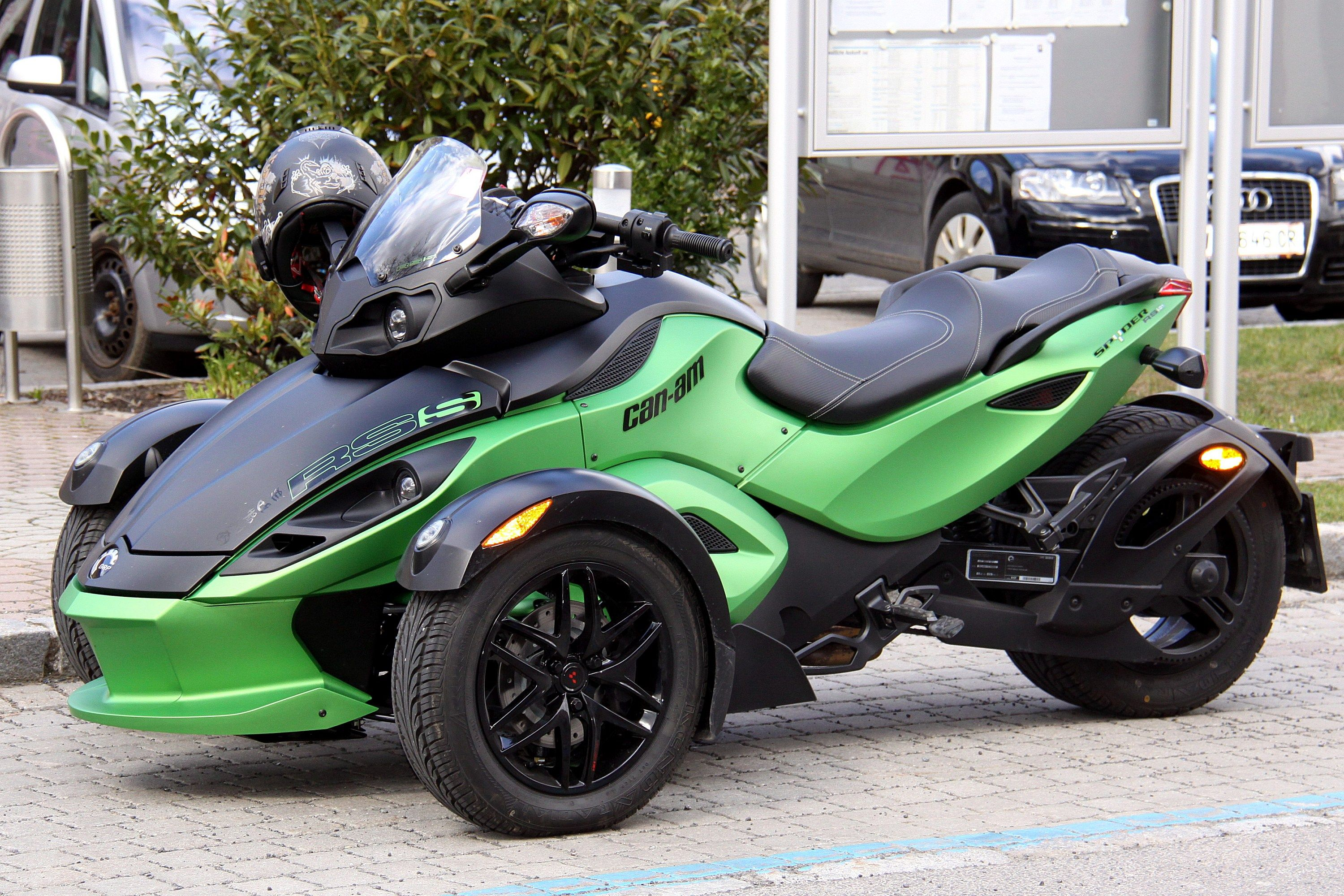 Brp can am spyder roadster wikipedia the free encyclopedia