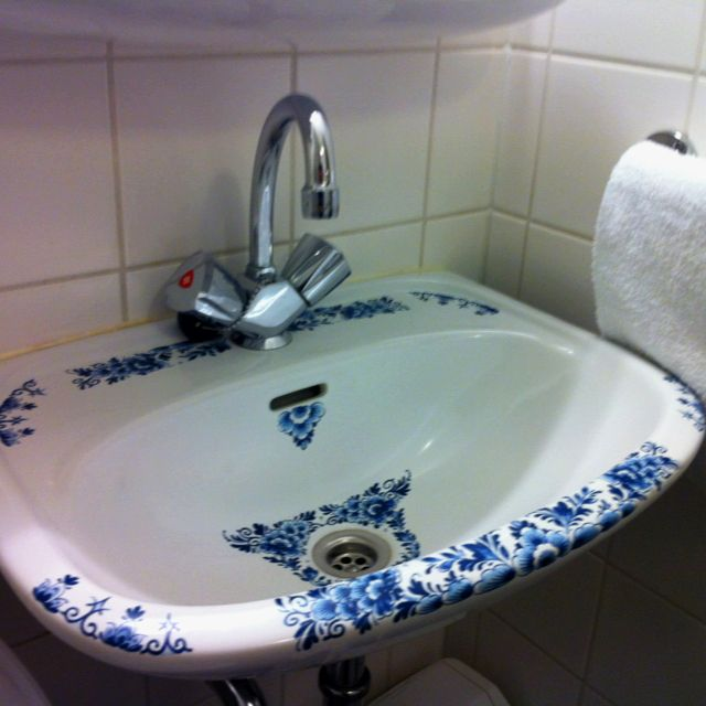 Delfts Blue Toilet Blue And White Blue And White China Blue China