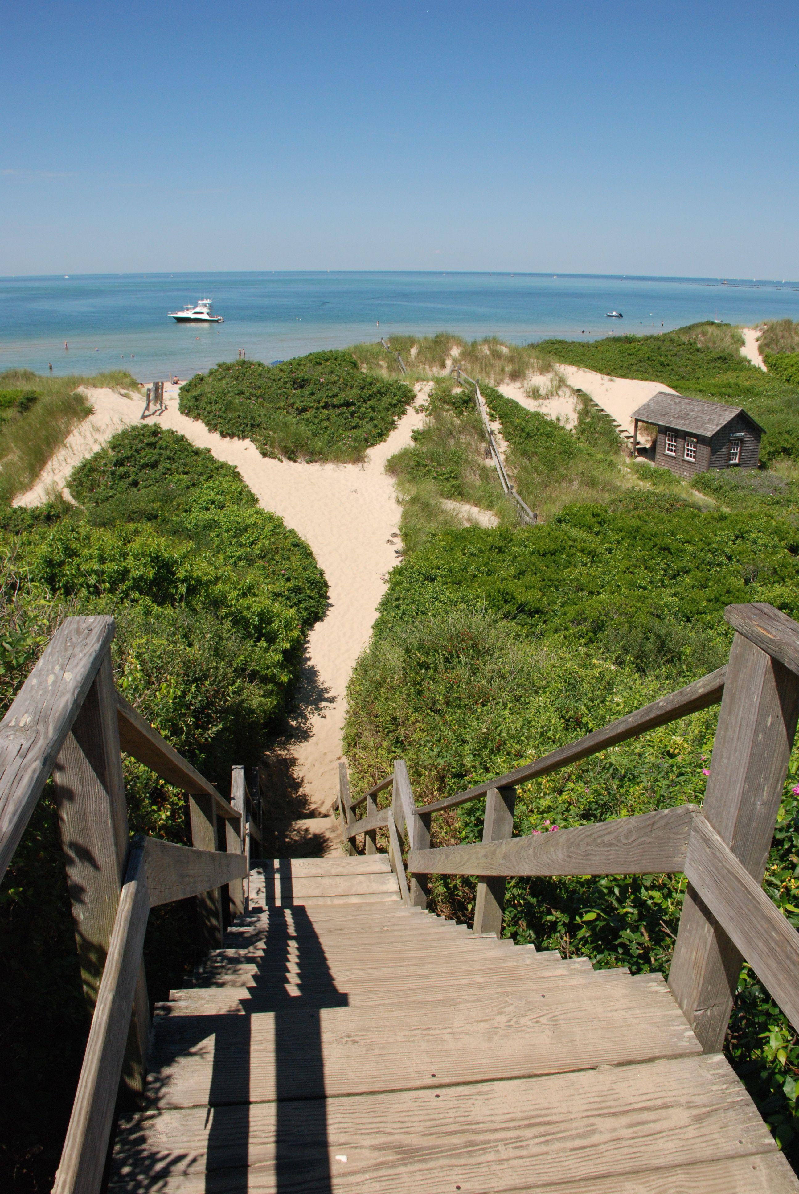 Steps Beach North S Nantucket Between Dionis And Jetties Beaches Gentle Surf