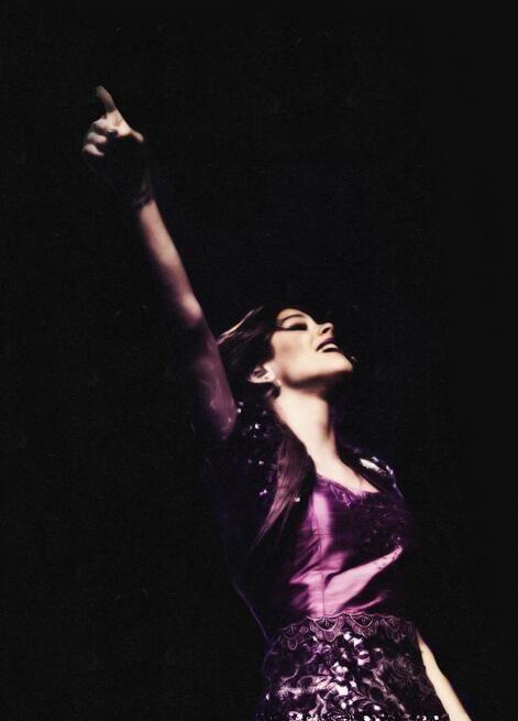 Violetta en concierto y en vivo :).