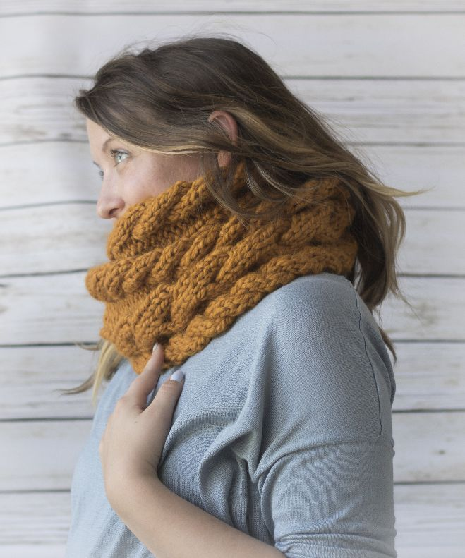 Free cable knit infinity scarf pattern by Margo Knits