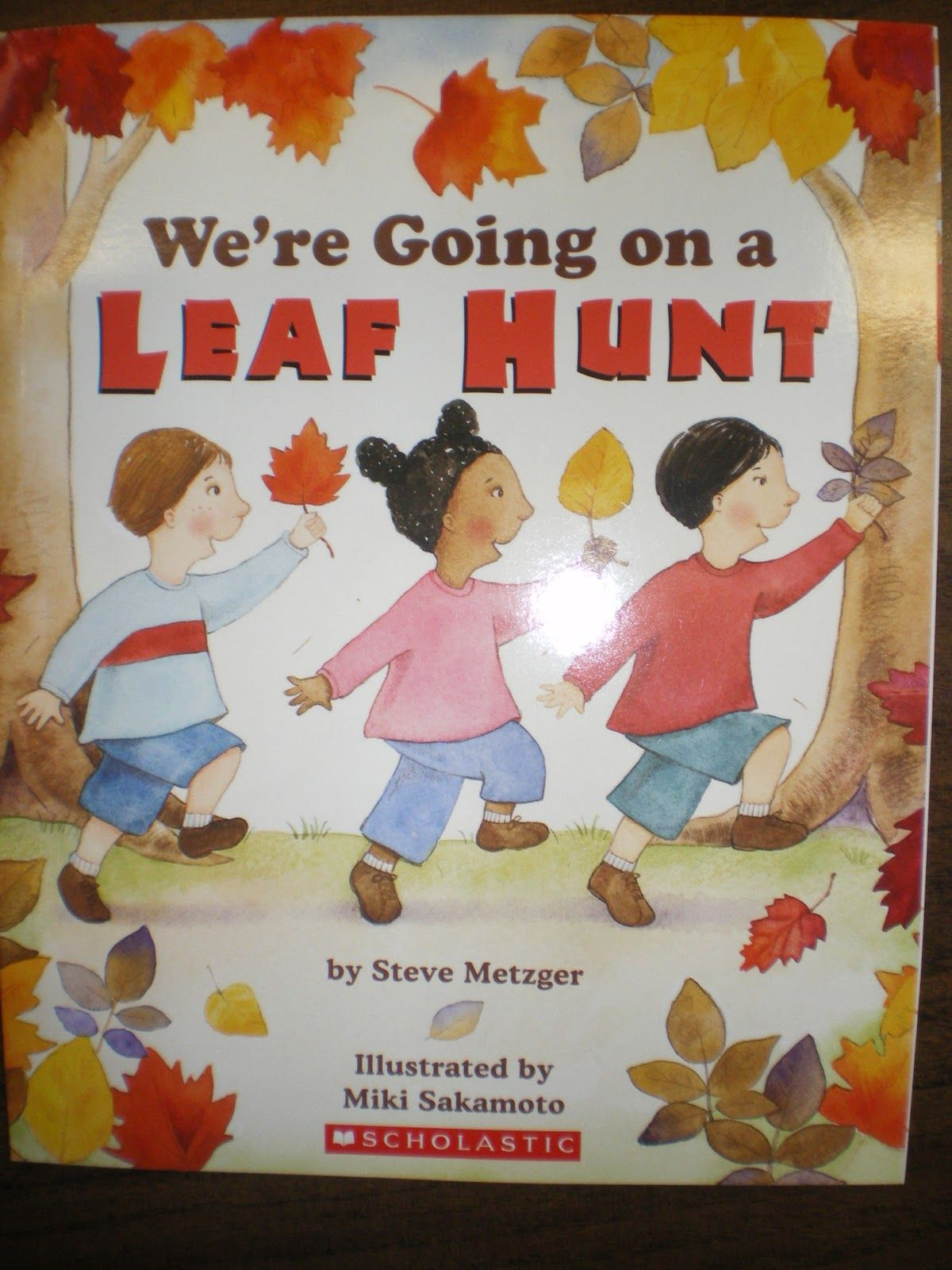 Mrs Bremer S Kindergarten We Re Going On A Leaf Hunt Lessons And Activities