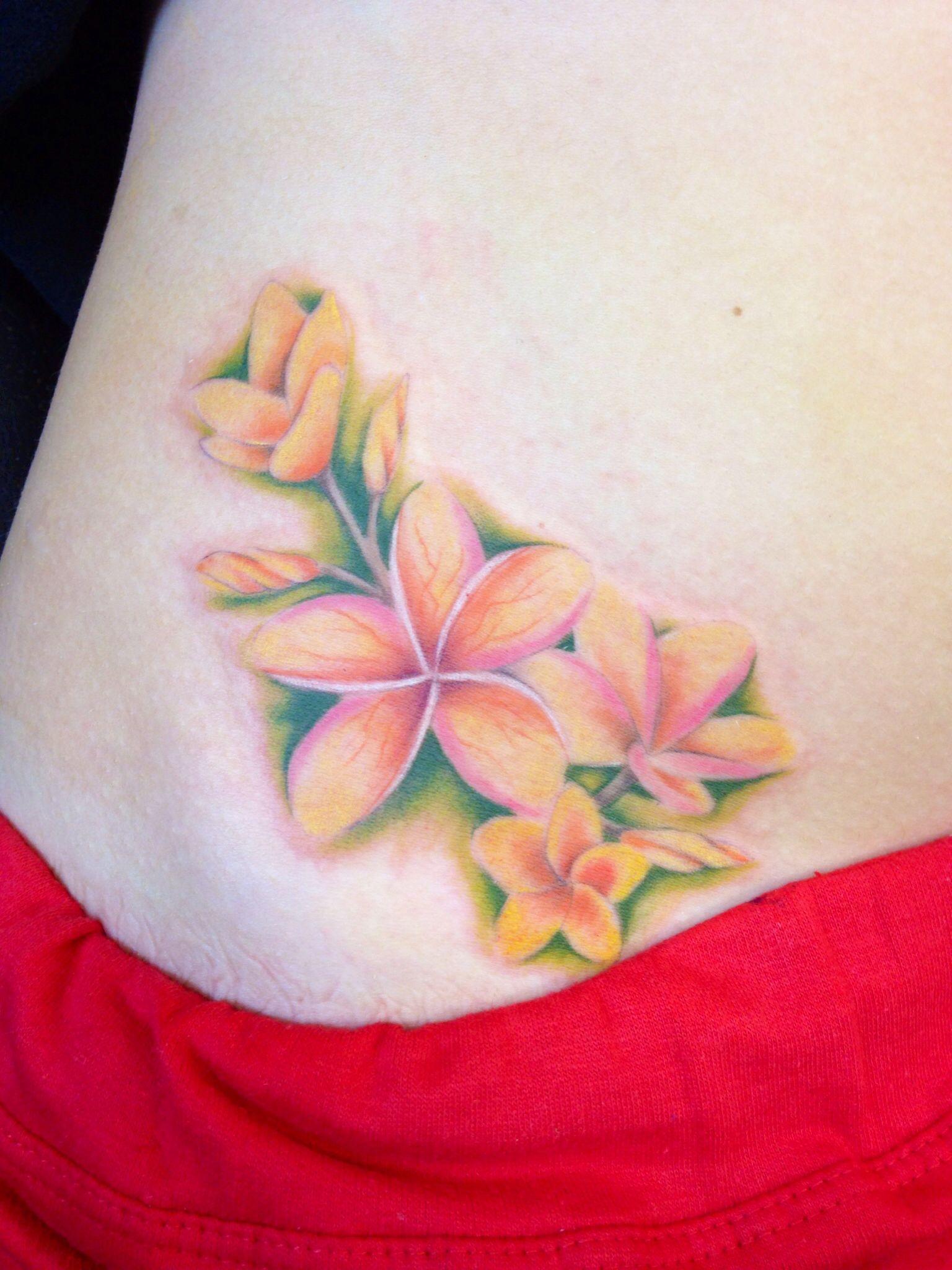 Hawaiian Flowers Tattoo By Tina Gray Hawaiiantattoos Hawaiian