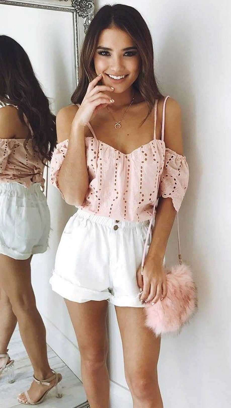 41 Cute And Popular Girly Outfits Ideas Suitable For Every Woman