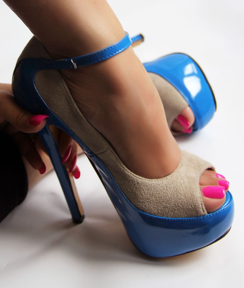 Long Nails in Fuchsia with High Heels | Aleida.net Hair, Nails, and ...
