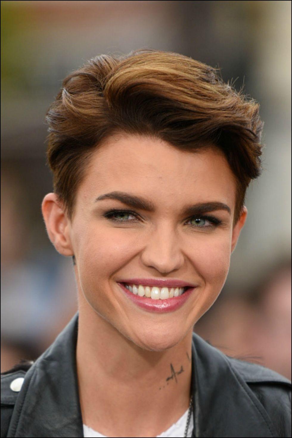 Short Female Haircuts for Thick Hair  Hairstyles Ideas  Pinterest
