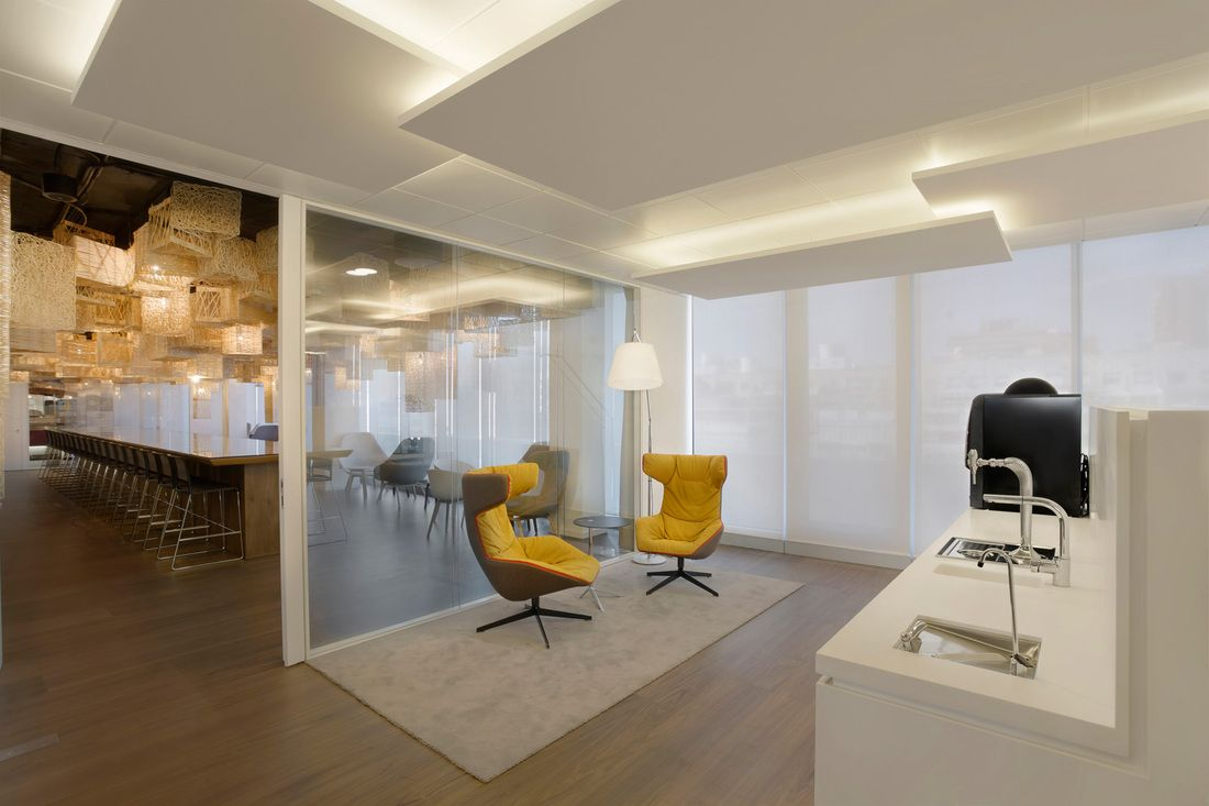 Oficinas cbre madrid buscar con google offices oficinas la oficina suelo vinilico - Oficinas de adecco en madrid ...