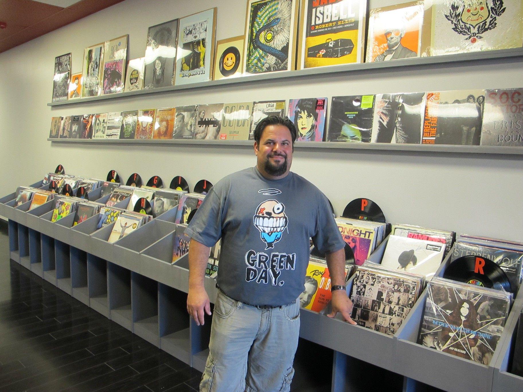 Hollow Bone Records In Fairlawn Ohio Record Shop Record Store Fairlawn