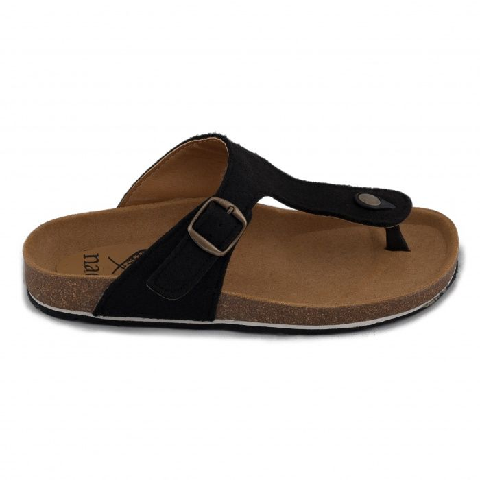 Sandals made from recycled PET and recycled car tyres sole.