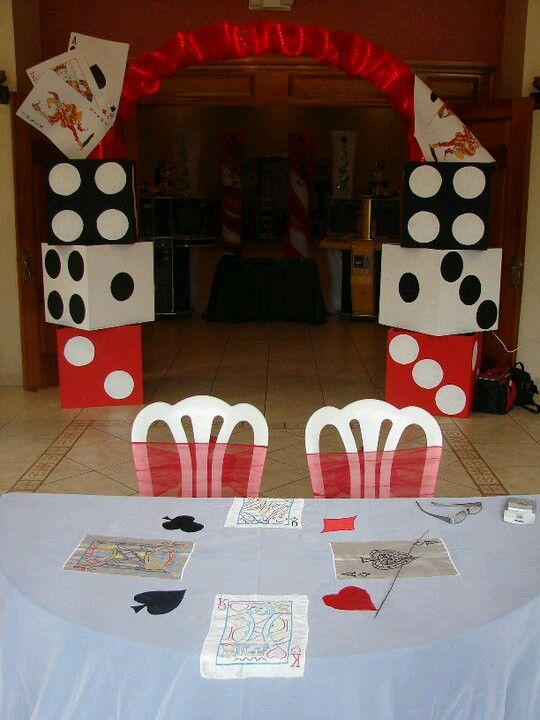 Bunco decorations use boxes to make dice decor party