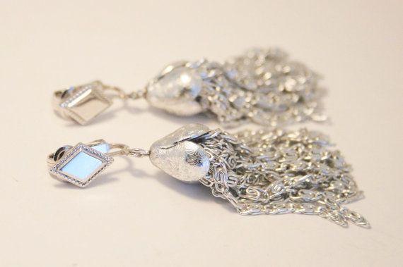 Vintage silver tassel earrings. Sarah by chicvintageboutique