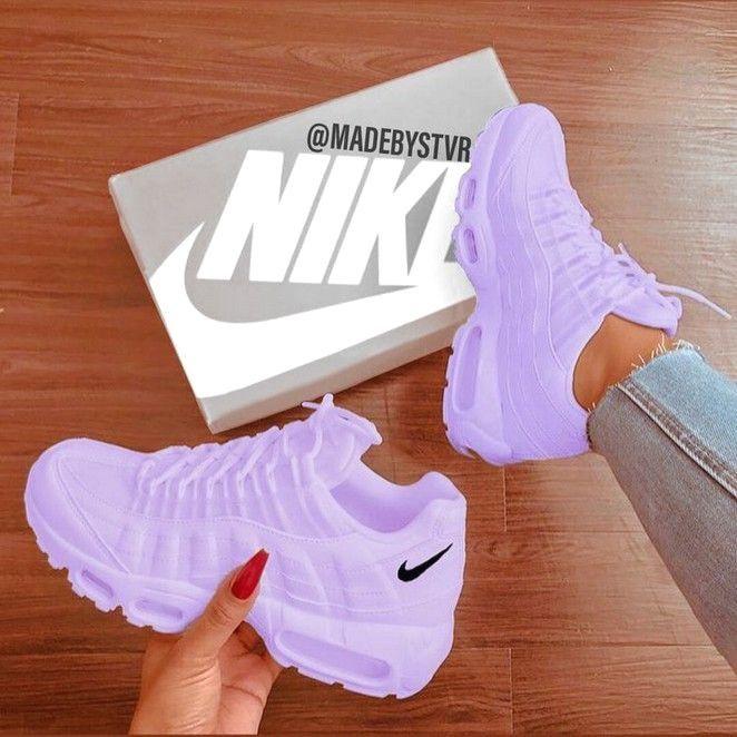Nike Air Max #sneakers #nike | Damskor, Vita skor, Sneakers nike