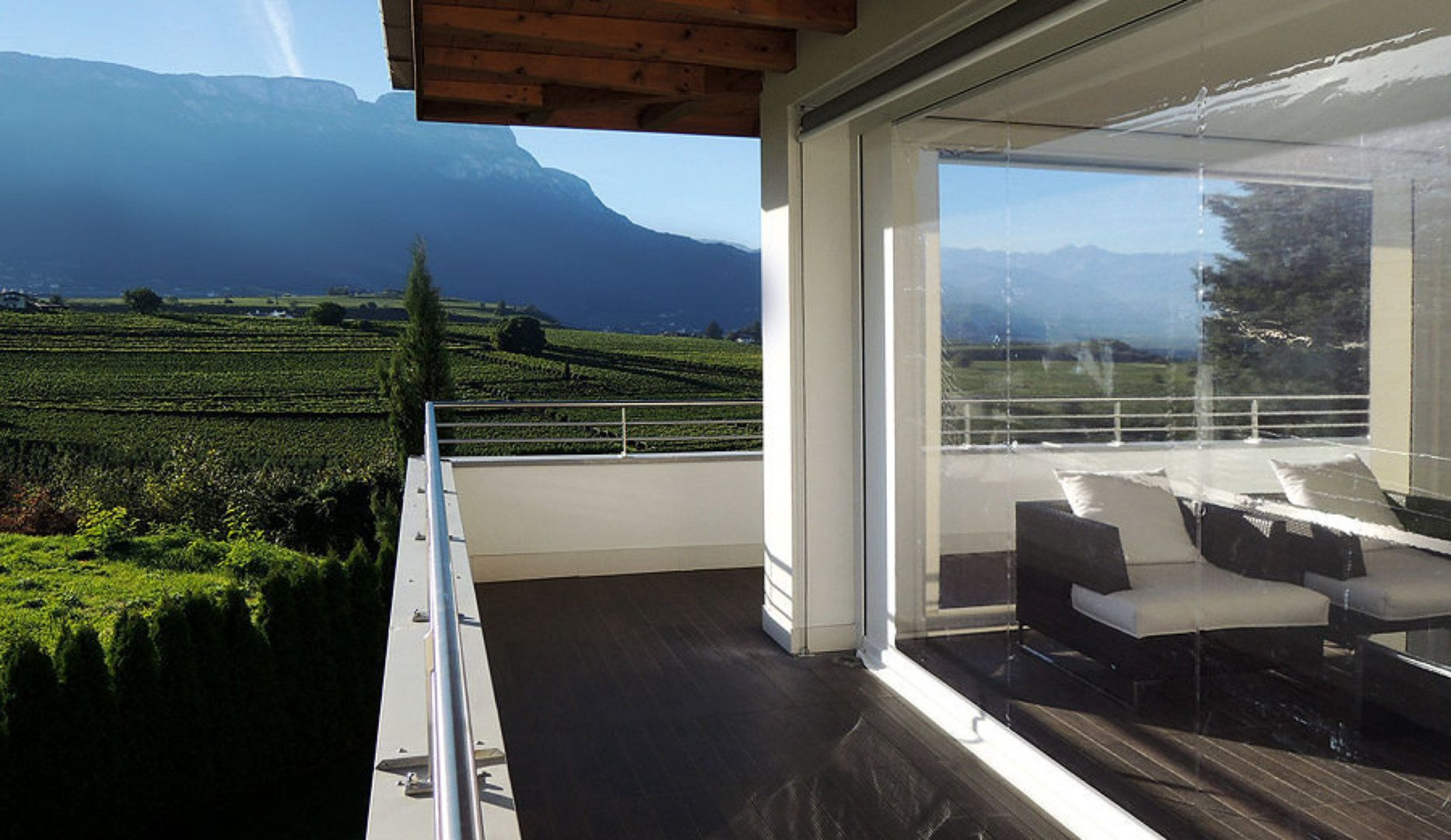 cerramiento de plstico enrollable para terrazas y balcones