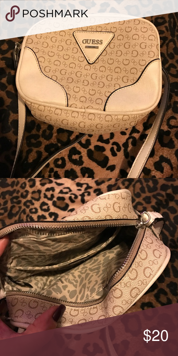 bccf860571 Guess purse Small side purse great used condition Guess Bags Shoulder Bags