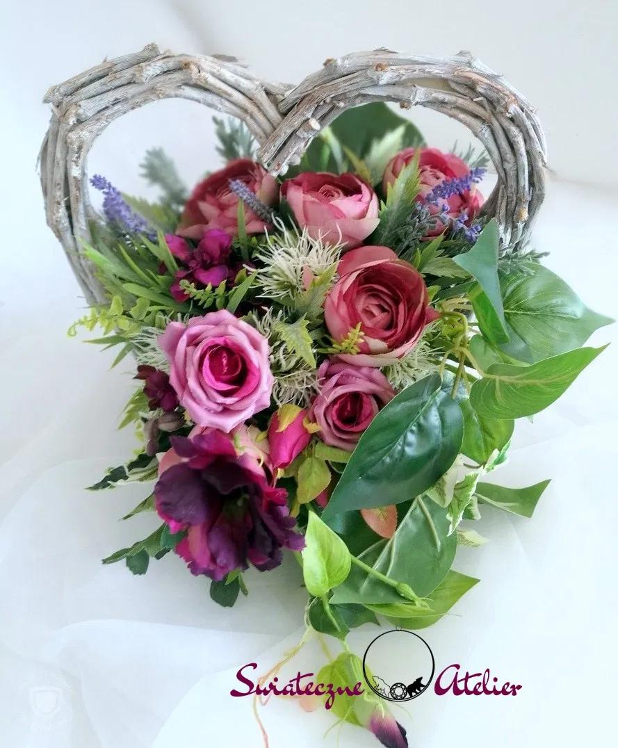 Kompozycja Nagrobna Serce Fiolet Nr 165 Swiateczne Atelier Floral Floral Wreath Flowers