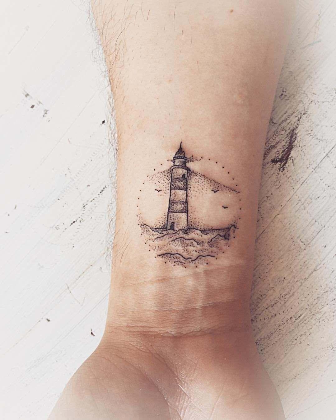 Petit Tatouage Homme Plus De 50 Idees Des Plus Beaux Dessins Petit Tatouage Tatouage Petit Tatouage Homme