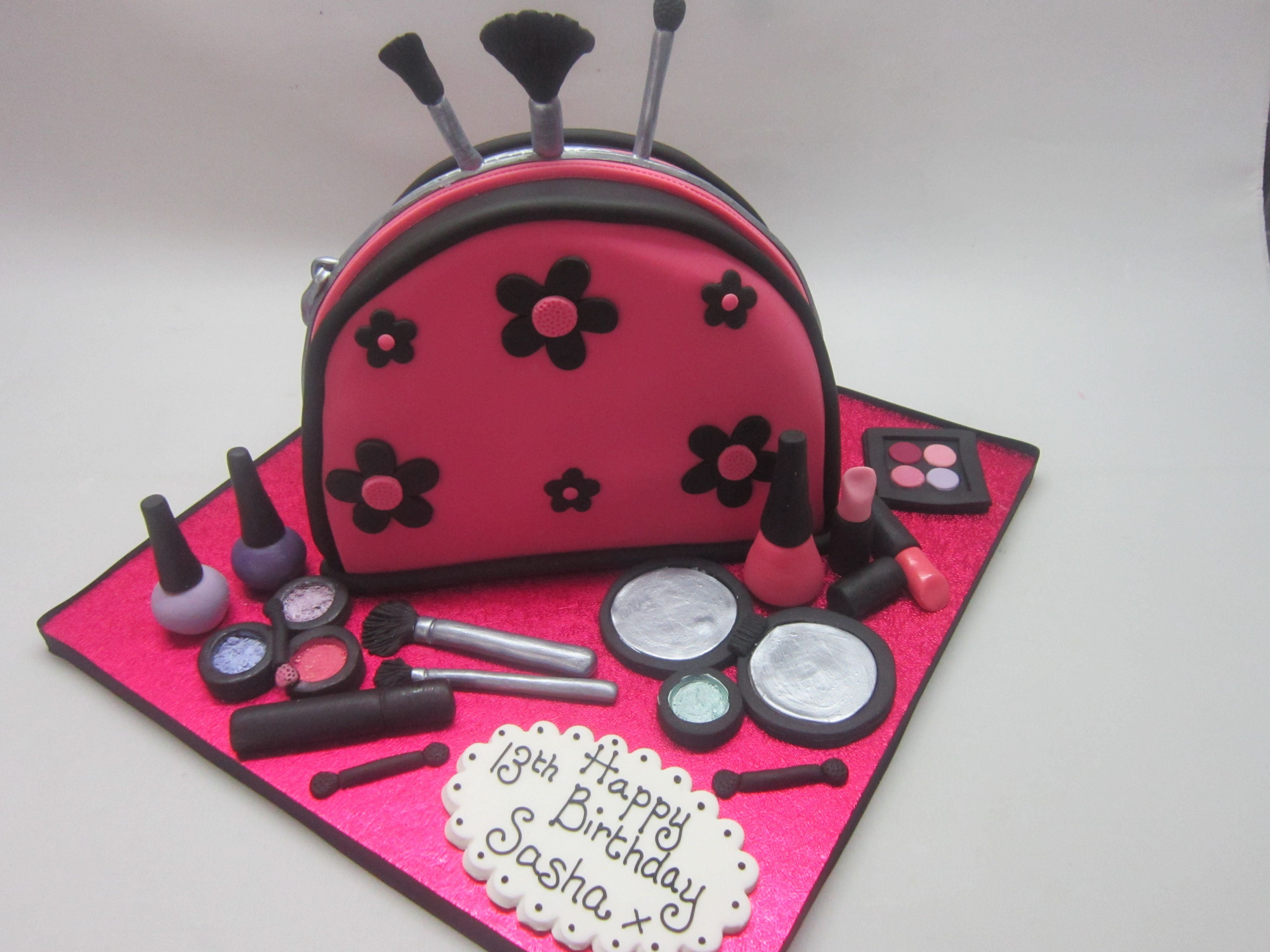 Make Up Bag Ideal Birthday Cake For The Lady In Your Life That