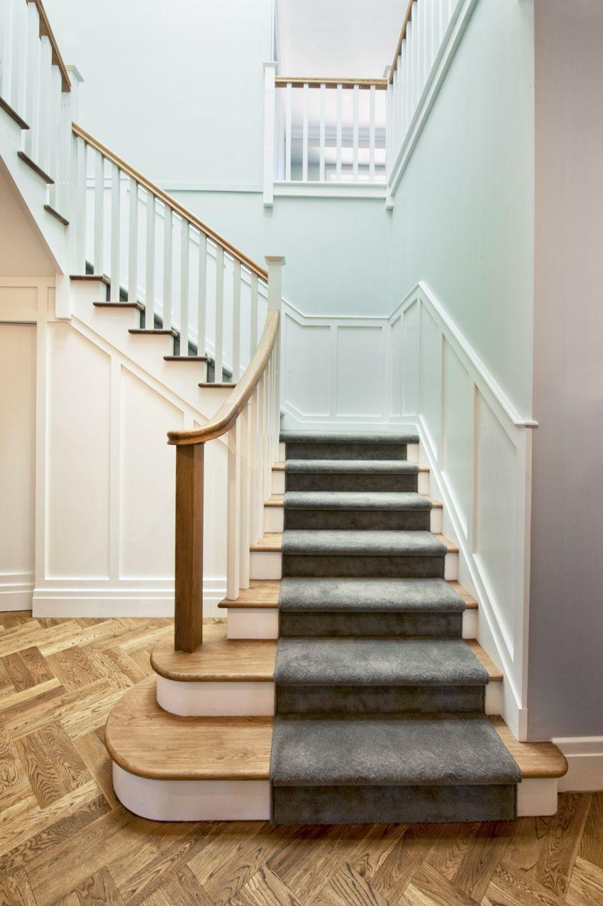 Best Classic Stair American Oak Treads Handrail White 400 x 300