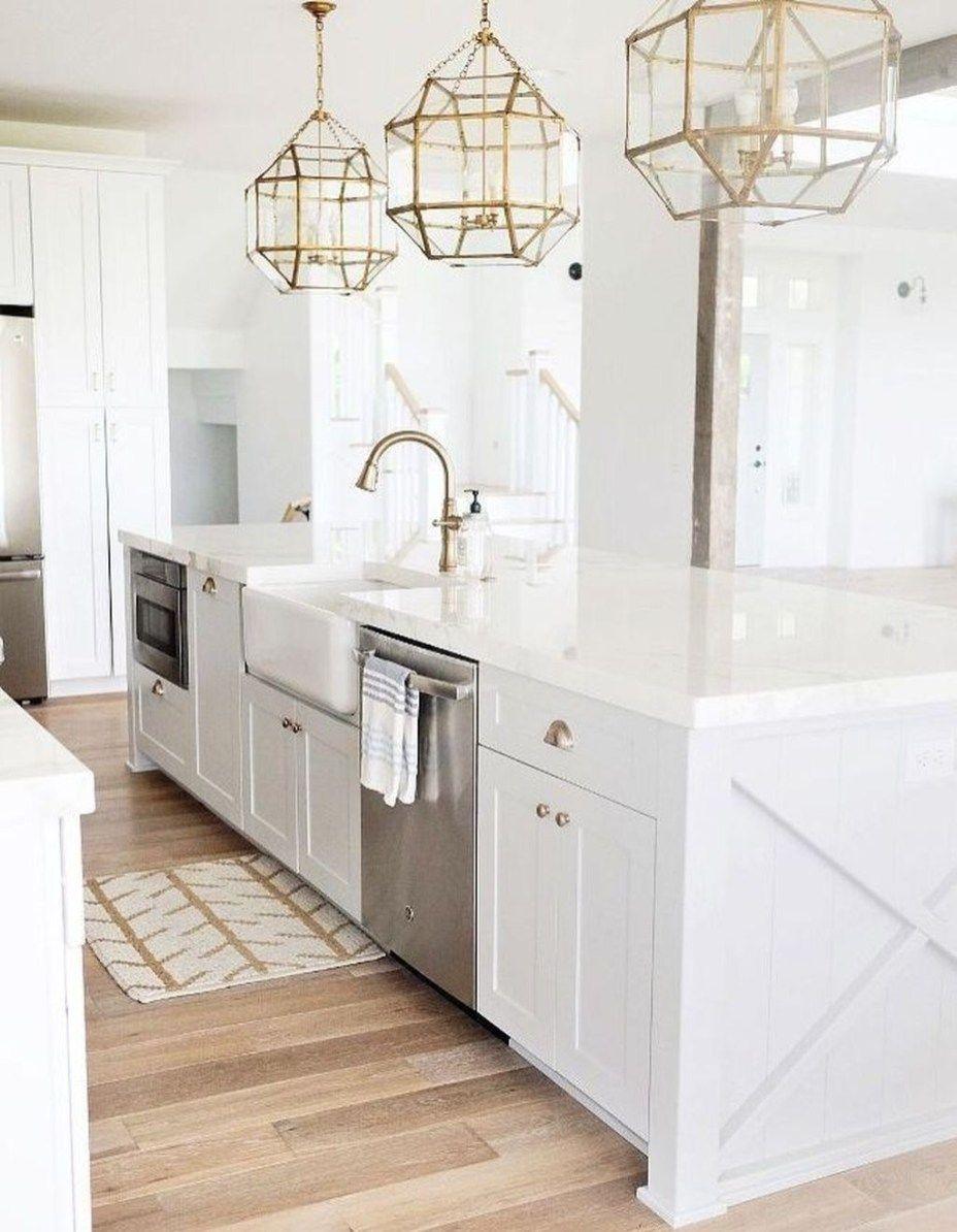 Stunning Luxury White Kitchen Design Ideas 24