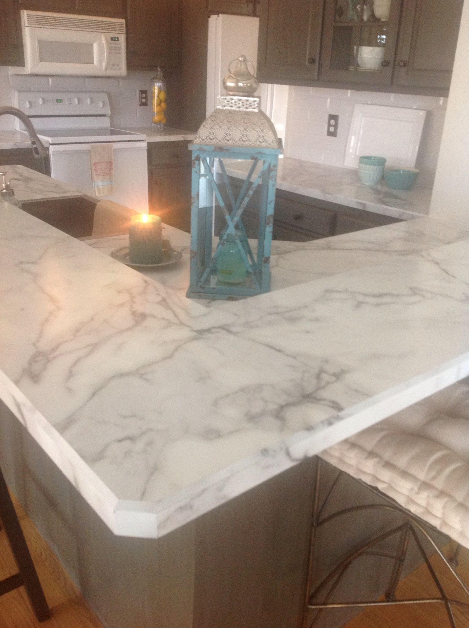 Calacatta marble wilsonart fx180 calacatta counter tops for Kitchen remodel laminate countertops