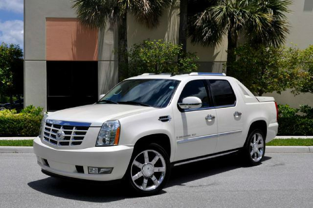 cadillac truck 2014. 2014 cadillac escalade ext apparently in very little time has become an important source of income for general motors truck c
