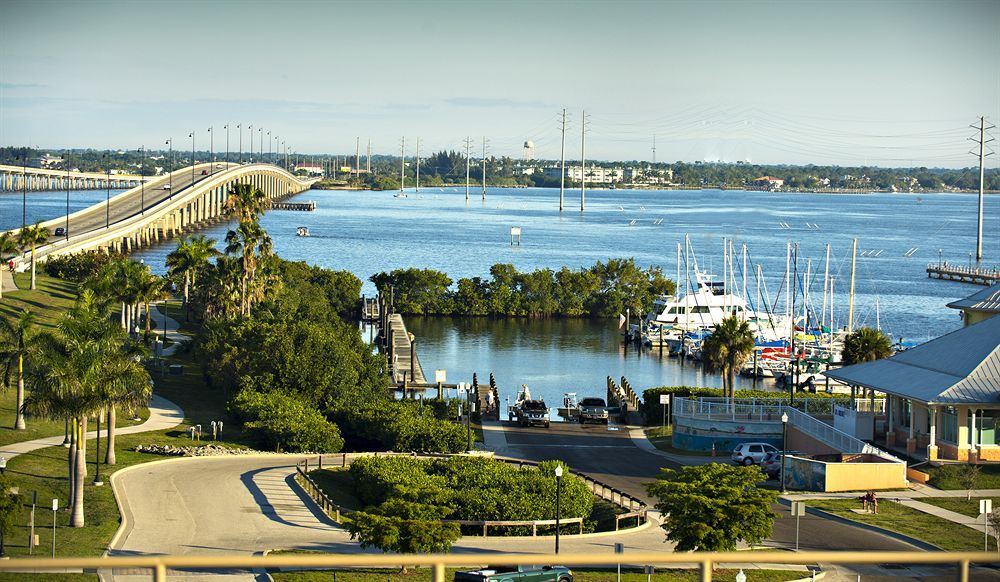 The Wyvern Hotel Downtown Punta Gorda Hotels Rooms With Reviews S And Deals On 85 000 Worldwide