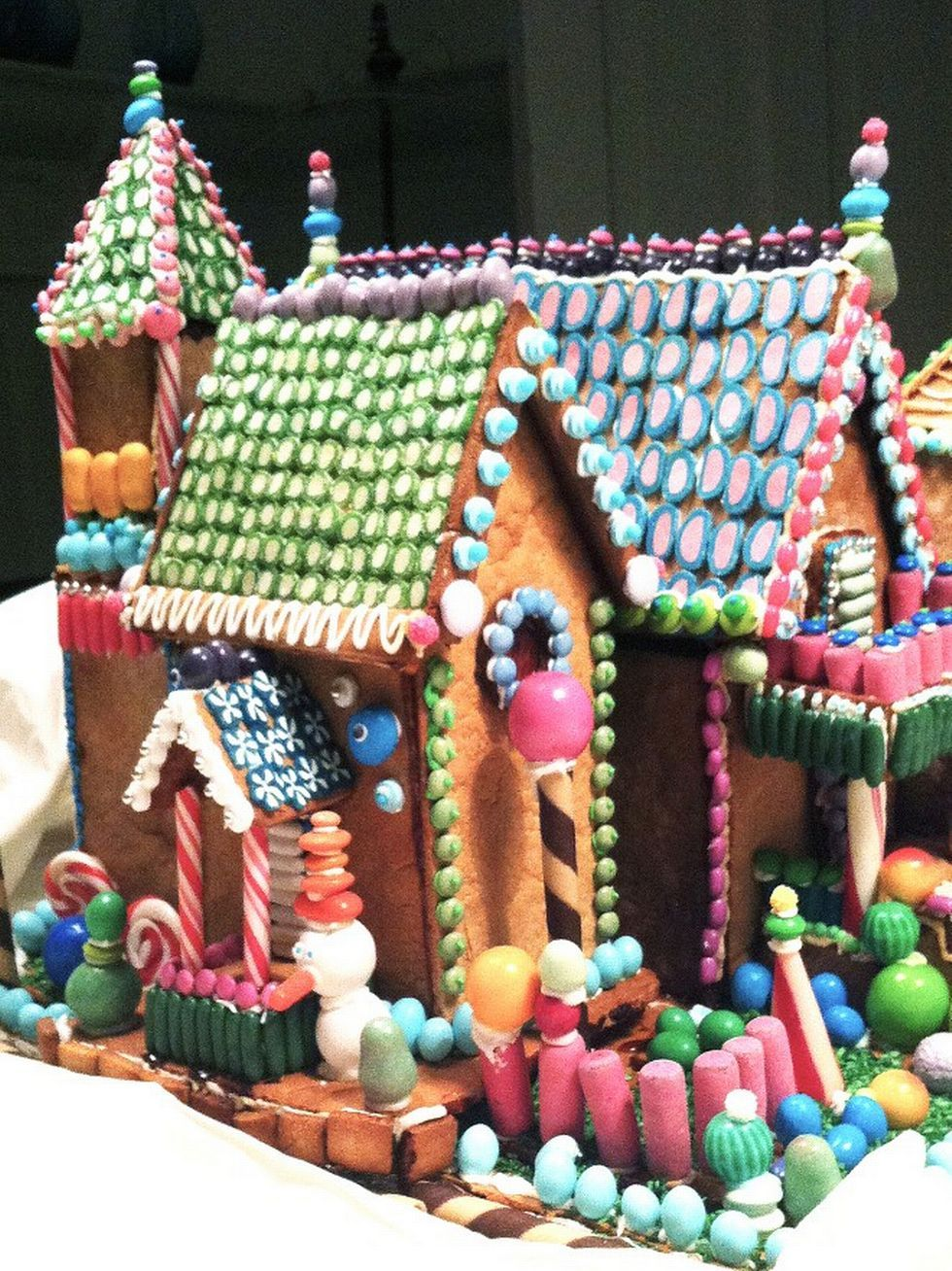 Gingerbread in the final - 'I'm not so concerned about the construction. My philosophy is that it is the decorations that does the trick. Preferably so colorful and much as possible.' (Photo: Grete Haug)