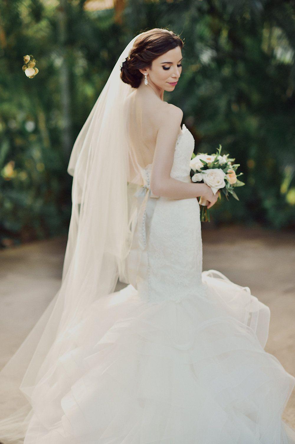 Hawaii wedding full of heritage bridal portraits weddings and