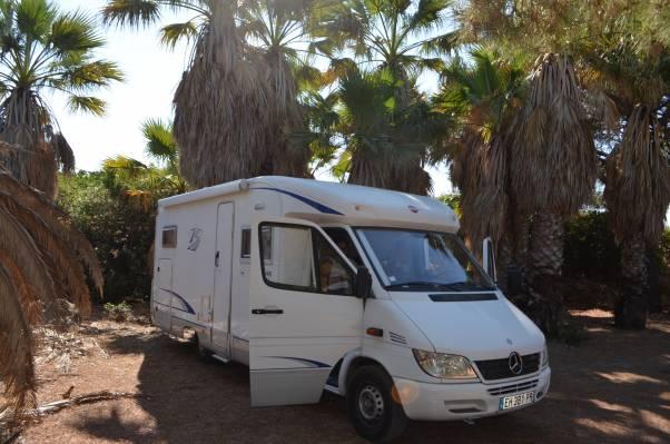 Location Camping Car Profile Sallebœuf 33 Mercedes Burstner T Star 695 En 2020 Location Camping Car Camping Car Camping