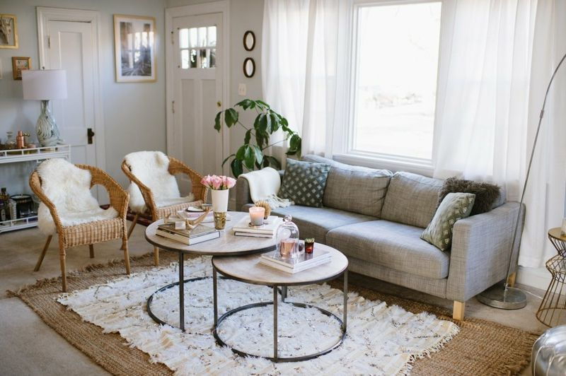 Kleines Wohnzimmer gestalten Wie kann es schön werden - wohnzimmer in weiss braun