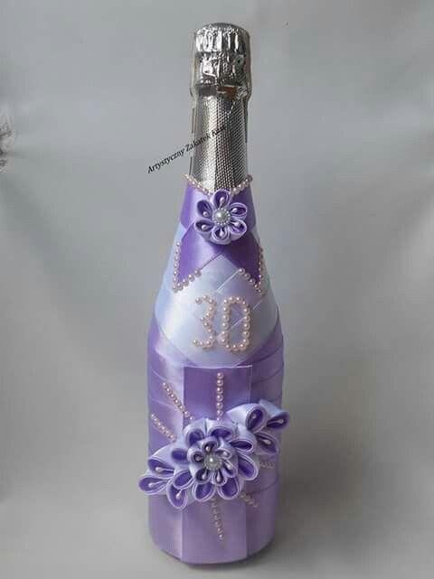 Botella y cintas