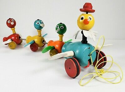 VTG 1956 Fisher Price Gabby Goofies Duck Family Quacks & Spin Wing Pull Toy 13