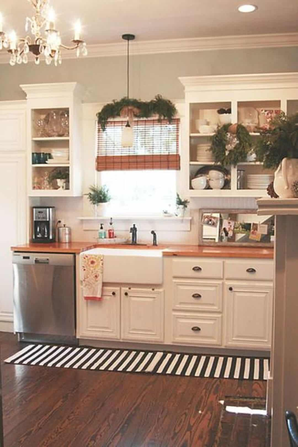 16 Small Cottage Interior Design Ideas In 2020 Country Kitchen Designs Kitchen Design Small Kitchen Decor