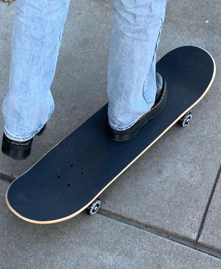 Pin By Riley On Denim In 2020 Indie Kids Skate Skateboard
