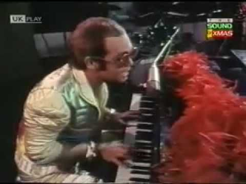 Step Into Christmas.Elton John Step Into Christmas Christmas Carols